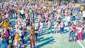 En Rosario Central. Los chicos auriazules tuvieron una jornada de festejo en la ciudad deportiva de Granadero Baigorria.