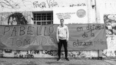 Comprometido. El defensor Juan Cruz Komar siempre mostró un perfil solidario.