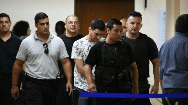 Segovia estaba preso acusado de ordenar tres homicidios y manejar otros ilícitos tras las rejas.