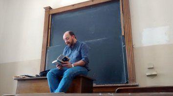 Lorenz acaba de volcar su vasta experiencia al frente de un aula en Elogio de la docencia.