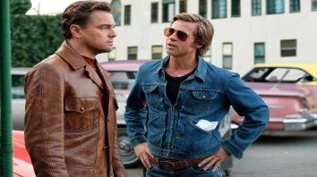 Di Caprio y Brad Pitt brillan en sus personajes, un actor y su doble de riesgo lejos de sus días de gloria.