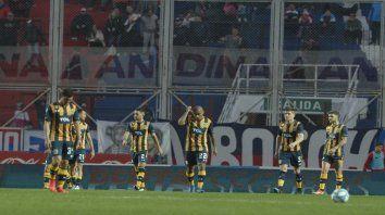 La cabeza en el partido. Una imagen en el 2-2 ante San Lorenzo. Los jugadores deberán enfocarse en Patronato.