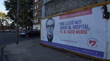 Salta y el río. Uno de los puntos de Rosario donde la campaña se estampó con el testimonio de los profesionales.