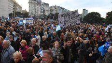 para el gobierno, la marcha fue una inyeccion de energia