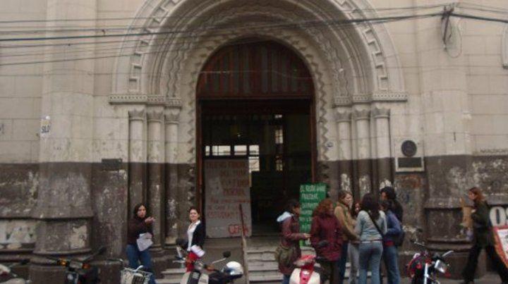 Facultad de Humanidades y Artes de la UNR.