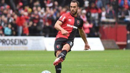 Firme en suelo rojinegro. Santiago Gentiletti respondió con buenas actuaciones de local y espera repetir frente a los quemeros.