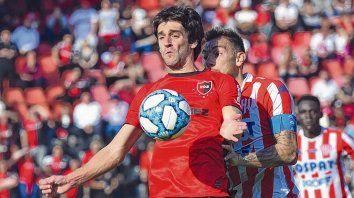 Empezó bien. Lucas Albertengo es uno de los refuerzos y se adaptó rápido. Anotó goles ante Central Córdoba y Unión.