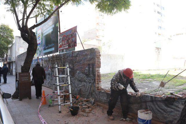 Primer paso para la obra del complejo cultural y educativo que se levantará en Salta 2141