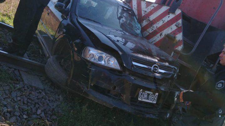 En el Chevrolet Astra siniestrado viajaban una mujer y su hijo de siete años
