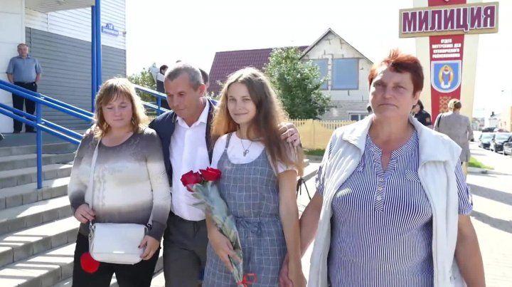 Se perdió en un tren hace veinte años y ahora se reencontró con sus padres