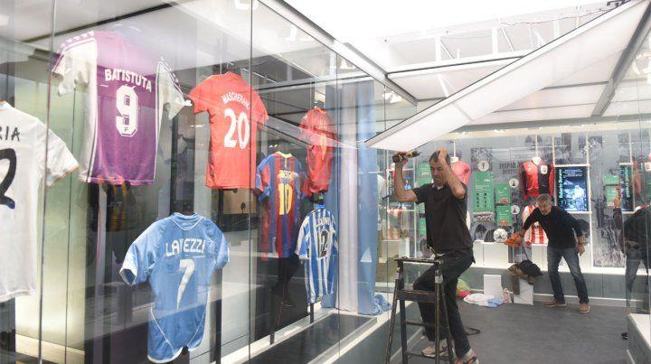Los jugadores más destacados de la provincia cedieron sus camisetas para exhibirlas en las vitrinas del museo.