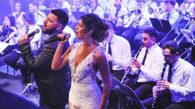 Amapola lleva 7 años de trayectoria reversionando hits del pop y el rock en versión de cumbia romántica