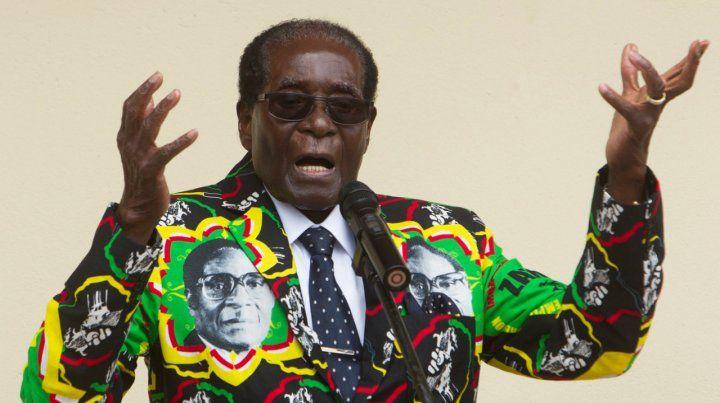 Figura. Mugabe en sus últimos años. Fue destituido en 2017 y ayer murió en un sanatorio de Singapur.