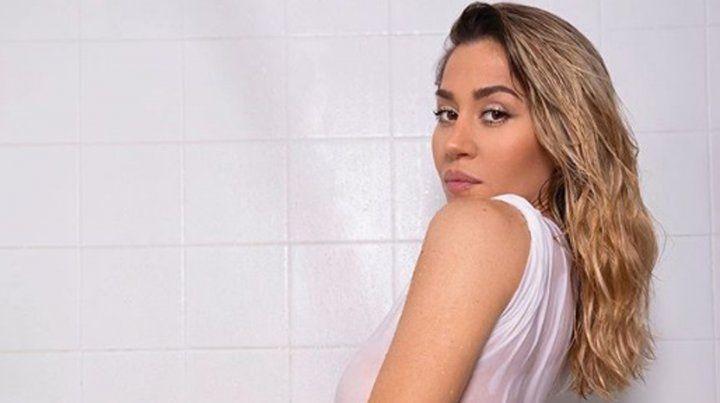 Jimena Barón celebró el éxito de su show en Córdoba con un impresionante topless