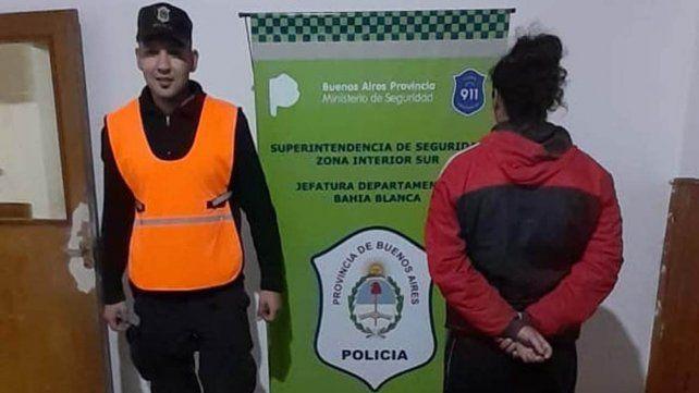 El agresor fue detenido por personal de la Comisaría Sexta de Bahia Blanca.