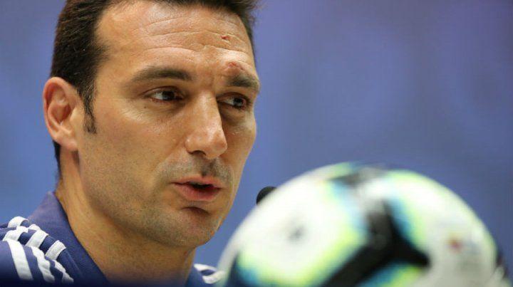 Scaloni: Martino marcó una época para todos