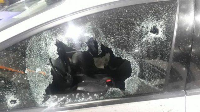 Atacan a balazos al jefe de la Federal de Santa Fe en la autopista a Buenos Aires