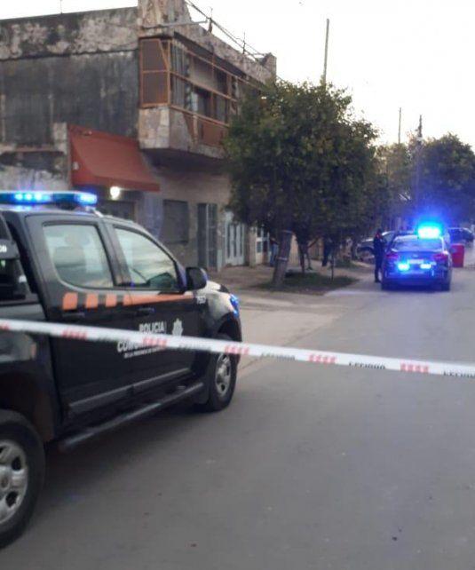 El cuerpo de la mujer fue hallado en Formosa al 300 Bis. (Foto: gentileza @teleferosario)