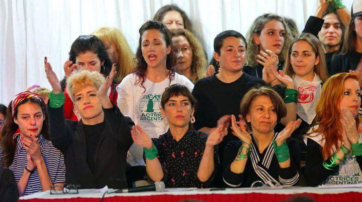 Firmes. Las actrices volvieron a denunciar una situación de violencia de género