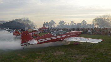 Show. Grandes pilotos de planeadores mostrarán destrezas en el aire.