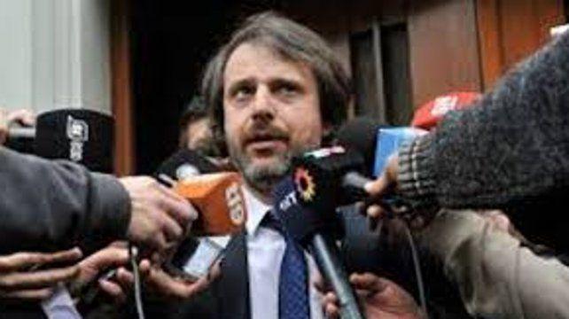 Por orden del fiscal de Homicidios Miguel Moreno personal de la PDI buscó al sospechoso.