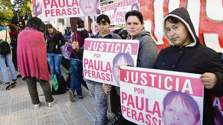 Por Paula. La mujer sanlorencina mereció numerosas marchas.