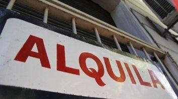 Alquilar en Rosario se lleva la mitad de los ingresos