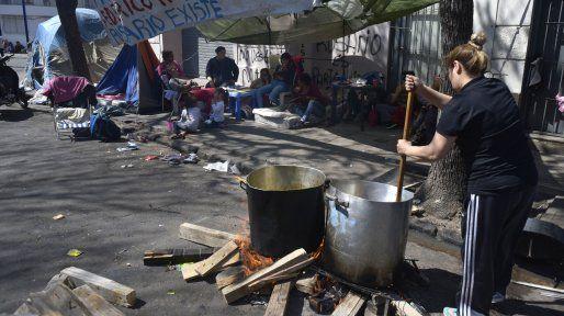 El desempleo alcanzó el 10,6 por ciento y afecta a más de dos millones de argentinos