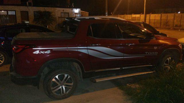 La camioneta en la que fue apresado el policía sospechoso de robo