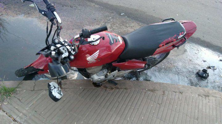 La moto en la que viajaba la víctima