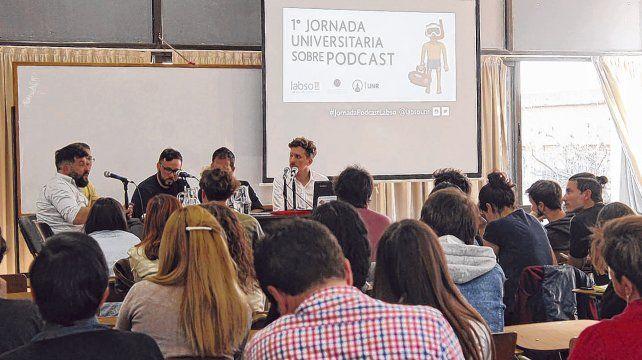 Un reciente estudio sobre consumo de podcast en audiencias hispanohablantes señala que el 76
