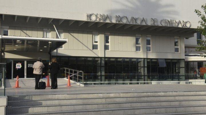 Centro asistencial. El hospital de Urquiza y avenida Francia.