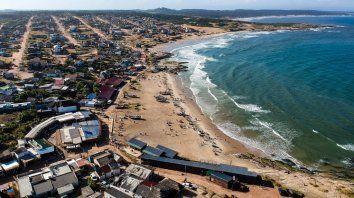 Rocha, uno de los lugares elegidos por los turistas para disfrutar del verano.