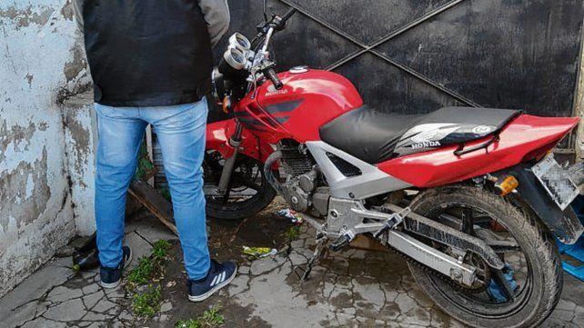 robada. La moto es similar a la denunciada por testigos de la balacera.