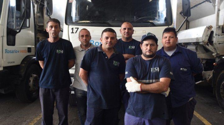 Los empleados de la empresa de recolección de residuos Sumar