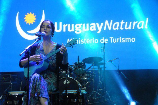 Julieta Venegas también estuvo en la presentación de Uruguay. (Foto: gentileza Willy Donzelly)