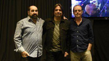 Abonizio, Gallardo y Fandermole, ayer en el lanzamiento de la serie de shows de La Trova.