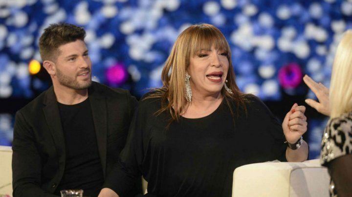 Lizy y su pareja en el programa de Susana Giménez.