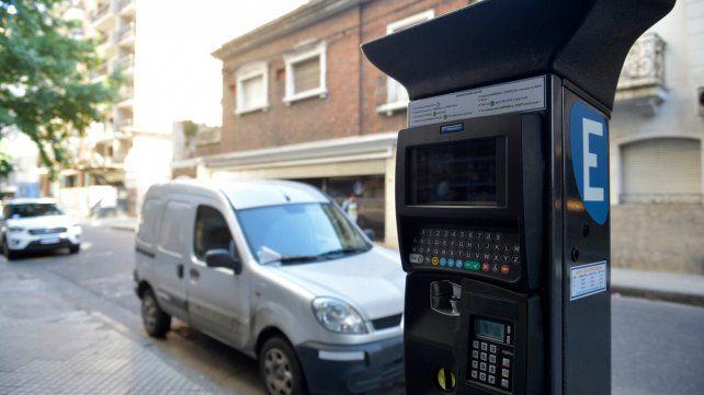 Para arriba. El sistema de estacionamiento está concesionado a la firma Tránsito Rosario.