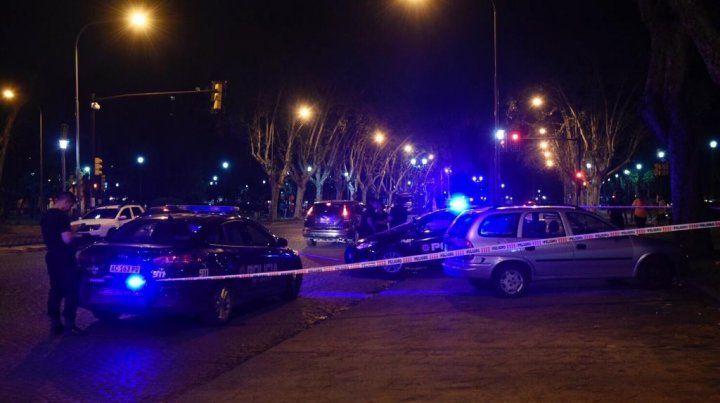 Un hombre murió al ser apuñalado por el exmarido de su actual pareja en barrio Alberdi