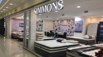 Simmons Caballito Shopping Center