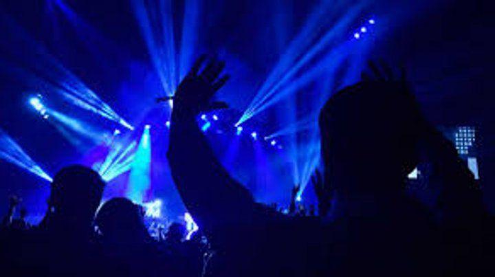 Desde los años 90 se empezó a consumir como droga por su alto potencial alucinógeno en fiestas electrónicas o discotecas.