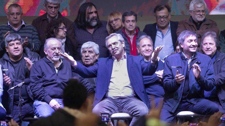 El plenario de la CGT recibe a Alberto Fernández