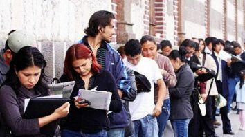 Trabajo. En el último año en la ciudad 10.237 personas se quedaron sin empleo y lo buscan activamente.