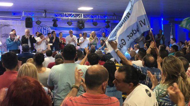Unidos. Los trabajadores se reunieron en San Lorenzo y apoyaron la fórmula de Alberto Fernández.