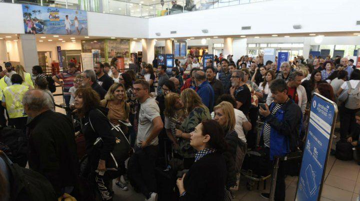 Fisherton se convirtió en aeropuerto alternativo por el cierre de Ezeiza y Aeroparque