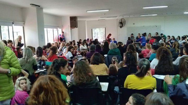 Duro pronunciamiento contra el ajuste en el Encuentro Nacional de Mujeres
