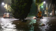 La Plata. Cayeron agua un promedio de 30 milímetros/hora y granizo.