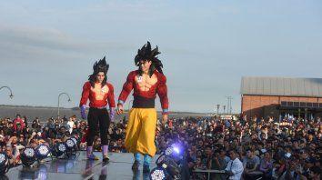 Muy producidos. El concurso de cosplay nuevamente fue el pasaje principal de esta megaconvención. Una multitud celebró cada pasada.