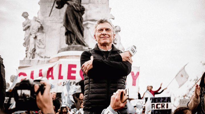 Paraná. Macri encabezó un acto al pie del monumento a Urquiza.
